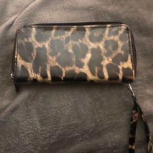 Handbags - Leopard wallet Clutch
